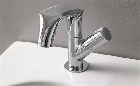 how to clean faucet how to clean faucet aerators