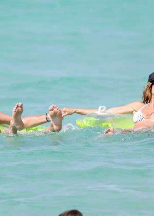 heidi klum  bikini   beach  st barts gotceleb