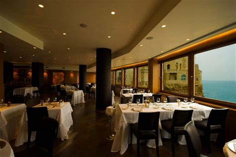 cave restaurant side of a cliff italy savour your meal at the spectacular cave restaurant in