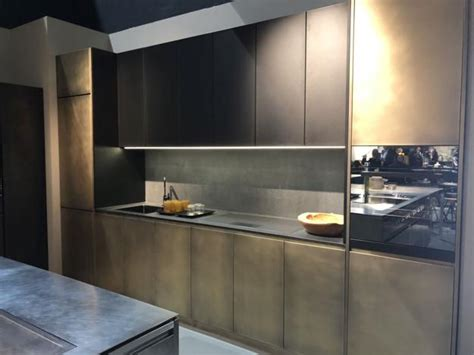 two tone kitchen cabinets trend modern kitchen design trends 2019 two tone kitchen cabinets