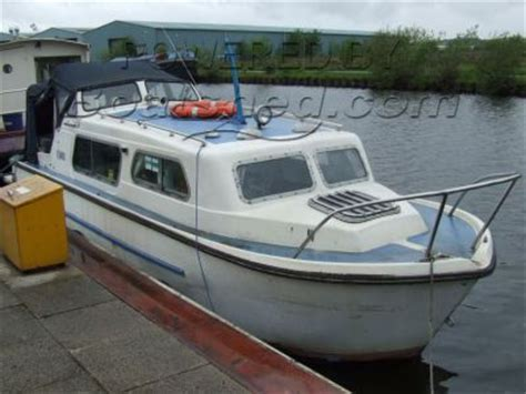 Cabin Cruisers For Sale In Scotland by Norman 23 Cabin Cruiser For Sale 7 01m 1975 Boatshed