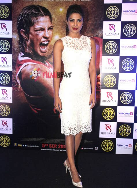 priyanka chopra gym photos photos priyanka chopra promotes mary kom at gold s gym