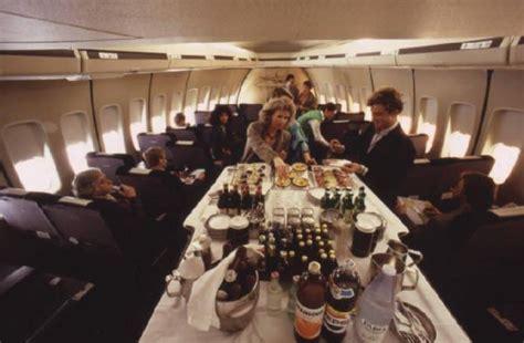 alitalia interno alitalia interno della business class di un aeromobile