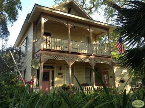 cedar key bed and breakfast 301 moved permanently