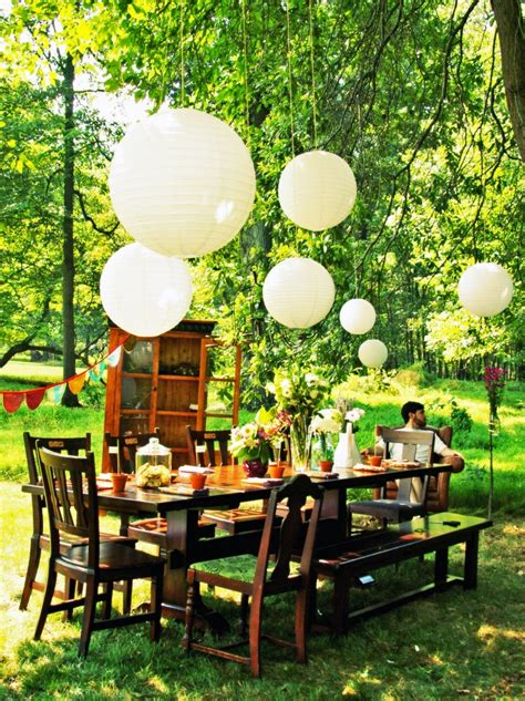 Outdoor Party   details spring has sprung ideas for decorating outdoor