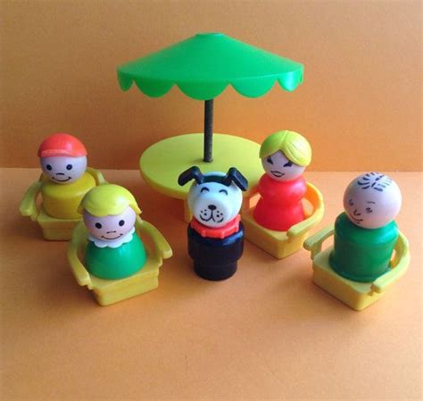 fisher price picnic table fisher price little people picnic table chairs umbrella