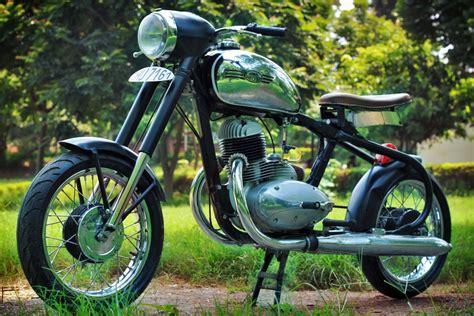 jawa  racer highland custom motorcycles