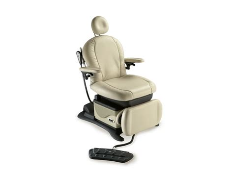 Midmark Chairs by Midmark Podiatry Procedures Chair Chair 641 Pwr Rotation