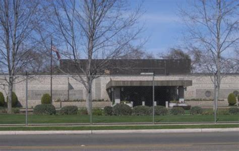 Irs Office Fresno Ca by Irs Re Ups On 532 Ksf Of Fresno Office Space