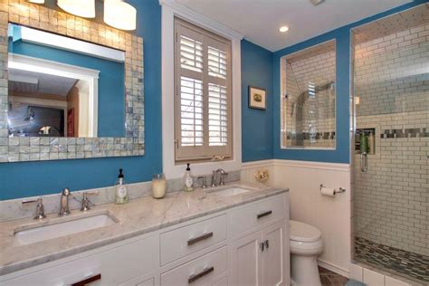 Traditional 3 4 Bathroom traditional 3 4 bathroom with european cabinets