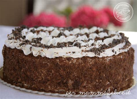 picnic al parco per mirela torta al cioccolato e panna feste e compleanni