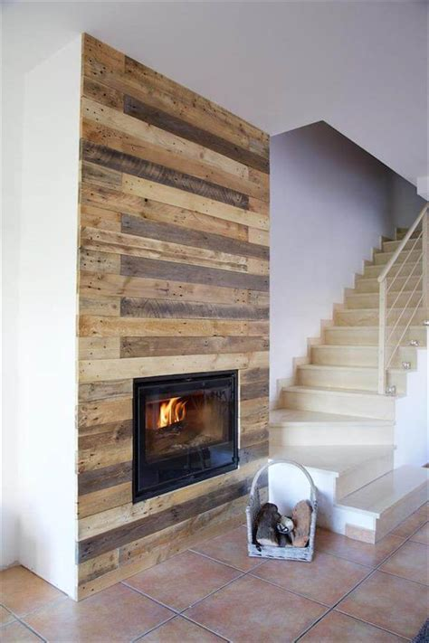 Pallet Wall Fireplace by Pallet Wall Surrounding Faux Fireplace 99 Pallets