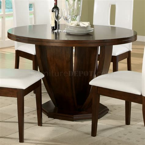 Cherry Finish Dining Table Brown Cherry Finish Classic Tulip Base Dining Table