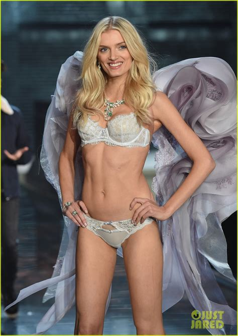 Tarek Christina by Candice Swanepoel Is Simply Angelic At Victoria S Secret