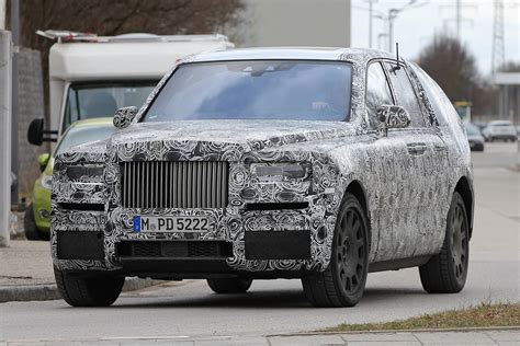 roll royce cullinan rolls royce cullinan suv spy shots with production front