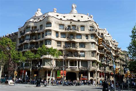 casa mila barcelona antoni gaudi s masterpiece casa batllo heartening