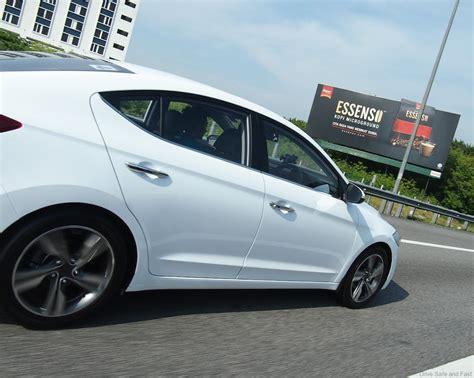 07 Hyundai Elantra Hyundai S All New Elantra Test Drive Review Drive Safe