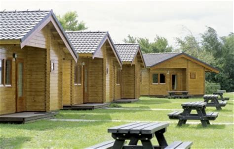 Livable Log Cabins Uk by Houses Residential Log Cabin Homes Bedroom Cabin