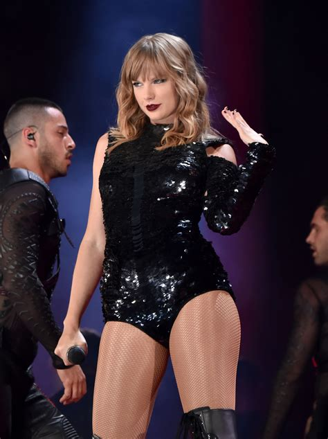 taylor swift december tour taylor swift reputation tour tay tay 3 in 2018 taylor