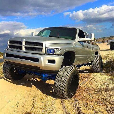 cummins truck 2nd gen cummins lifted 4x4 2nd gen diesel best looking trucks