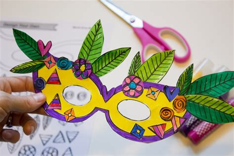 How To Make A Mardi Gras Mask Out Of Paper - diy mardi gras masks with printable made it
