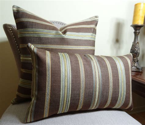 Types Of Pillows Shapes by Different Types Of Luxury Throw Pillows That You Can