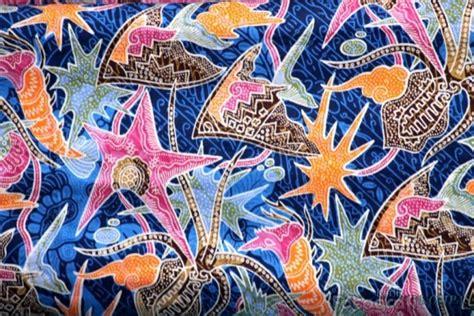 design batik adalah keindahan bawah laut papua barat di batik raja ampat