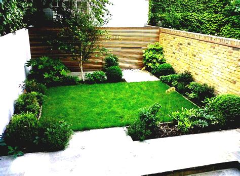 Easy Backyard Landscaping Ideas by Easy Backyard Landscaping Ideas For Beginners In Square Backyard Homelk