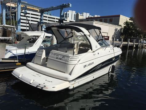 cabin cruiser boats for sale larson 330 cabrio cabin cruiser 2008 for sale for 59 000