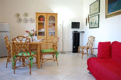 Chia Appartamenti by Appartamenti Torre Di Chia Chia Domus De