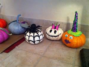 small pumpkins are to decorate holidays