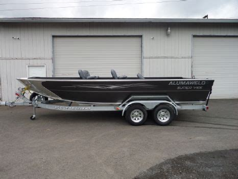 formula boats for sale in oregon page 1 of 2 alumaweld boats for sale in oregon