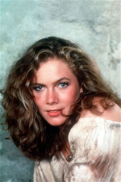 kathleen turner reveals her descent into alcoholism daily mail sexy pictures of kathleen turner