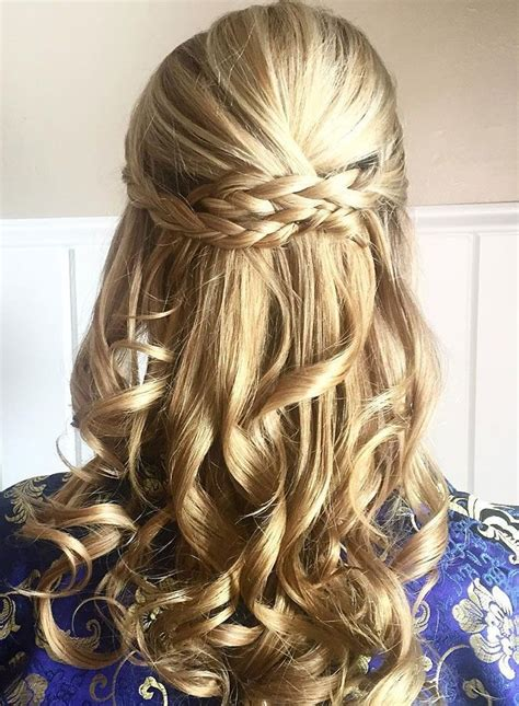 Wedding Hair Half Up Half Curls by 17 Best Ideas About Half Up Curls On Hair Half
