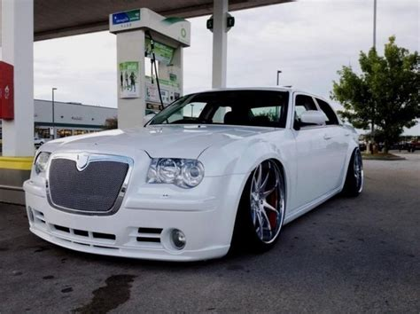 custom white chrysler 300 43 best images about chryslers on 22 rims