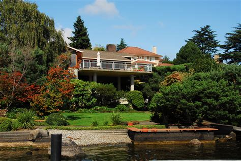 Waterfront Homes by Laurelhurst Waterfront Home Sold By Cooper Real Estate
