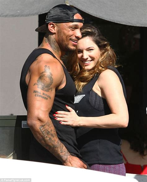 Kelly Brook Enjoys Baseball Game With Smallville Co Star