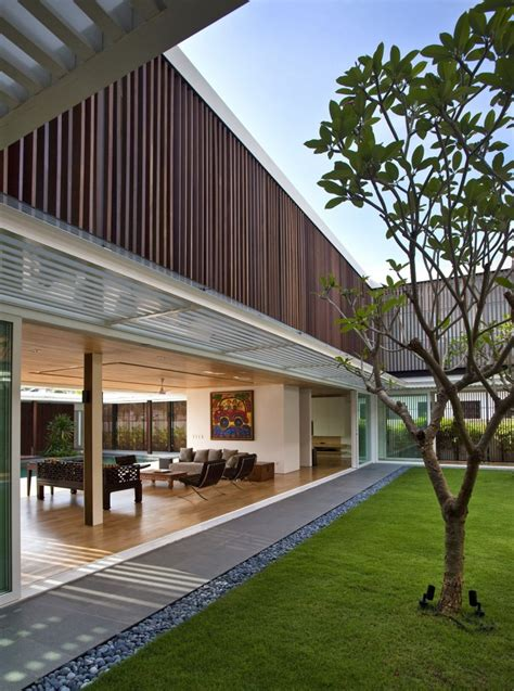 enclosed open house by wallflower architecture design