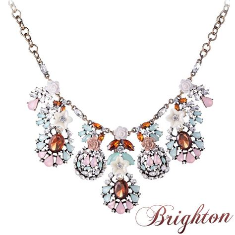8 Pretty Necklaces For Summer by Summer Style Colorful Beaded Pendants Choker Necklaces