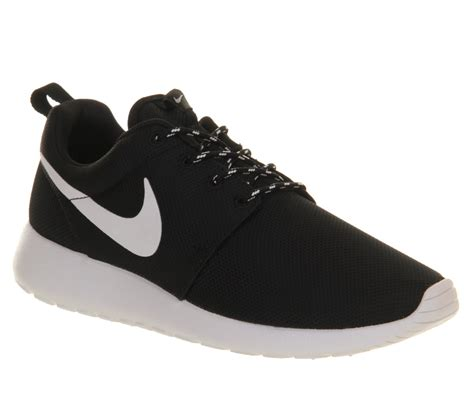 nike roshe run black white unisex sports