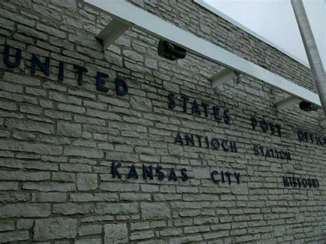 Us Post Office Kansas City Mo by Us Post Office Po紂ty 4810 Ne Vivion Rd Kansas City