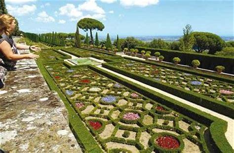 ingresso giardini vaticani ville pontificie di castel gandolfo con il trenino