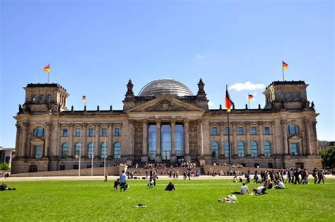 bancos alemanes en espa a la estafa de la deuda p 250 blica como pollo sin cabeza