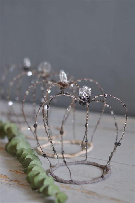 craft wire crown 325 best fil de fer images on pinterest wire wire