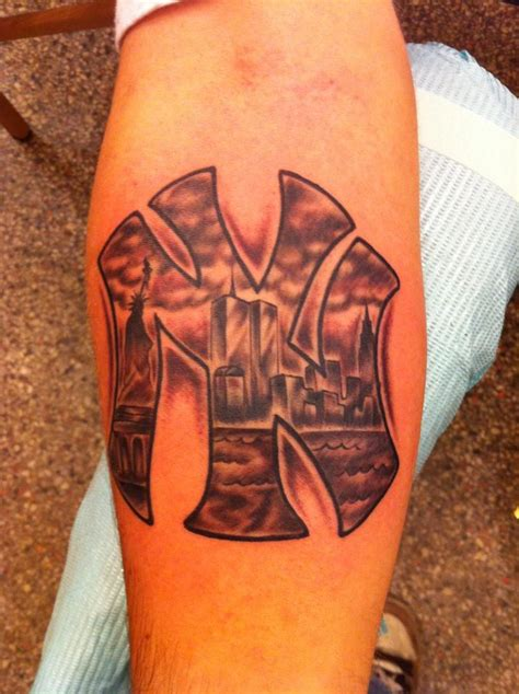 new york yankee tattoo designs new york d00d