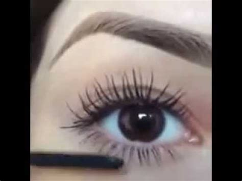 Maskara Eyeliner Wardah tutorial memakai maskara