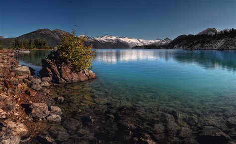 mountain lake most beautiful picture of the day may 24
