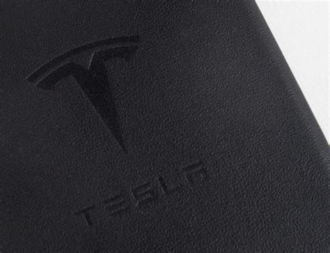 tesla gear leather iphone 187 gadget flow