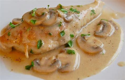 ricette come cucinare petto di pollo intero petto di pollo ai funghi ricette pollo pollo e funghi