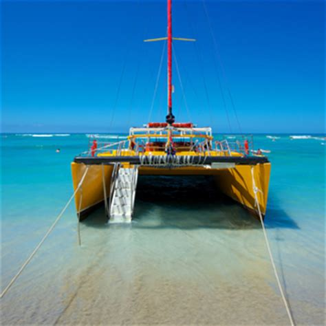 catamaran boat ride hawaii hawaii inclusive cruise package 5 days 4 nights shore